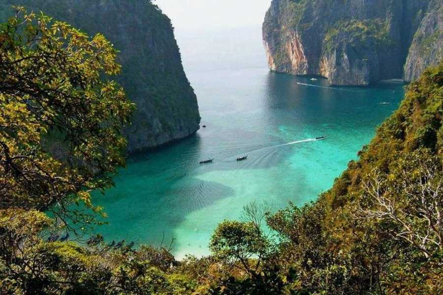 AMICI MIEI PHUKET TRAVEL AGENCY JAMES BOND, KRABI AND PHI PHI IN 2 DAYS 1 NIGHT, AMAZING TOUR AM026