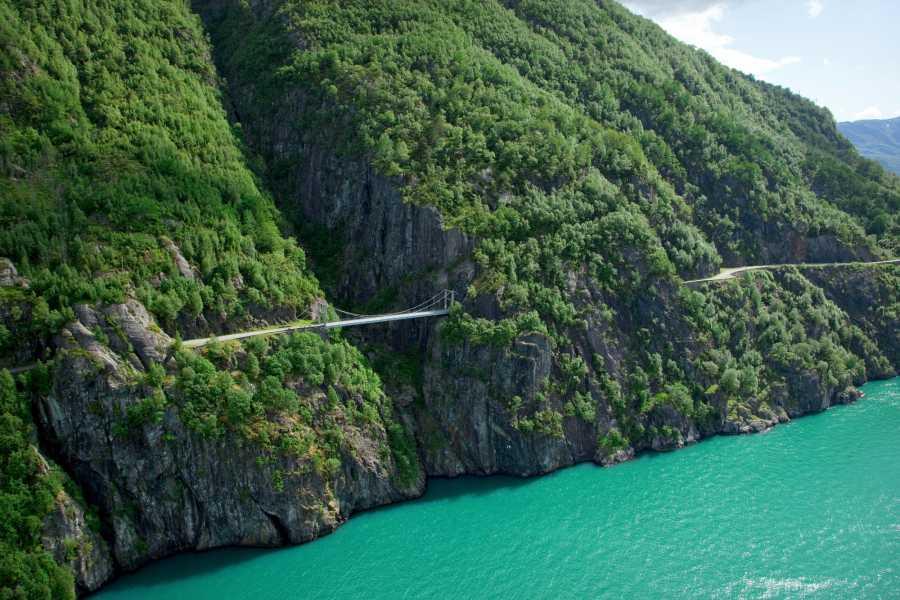 Åkrafjorden Oppleving AS Tour along Åkrafjord