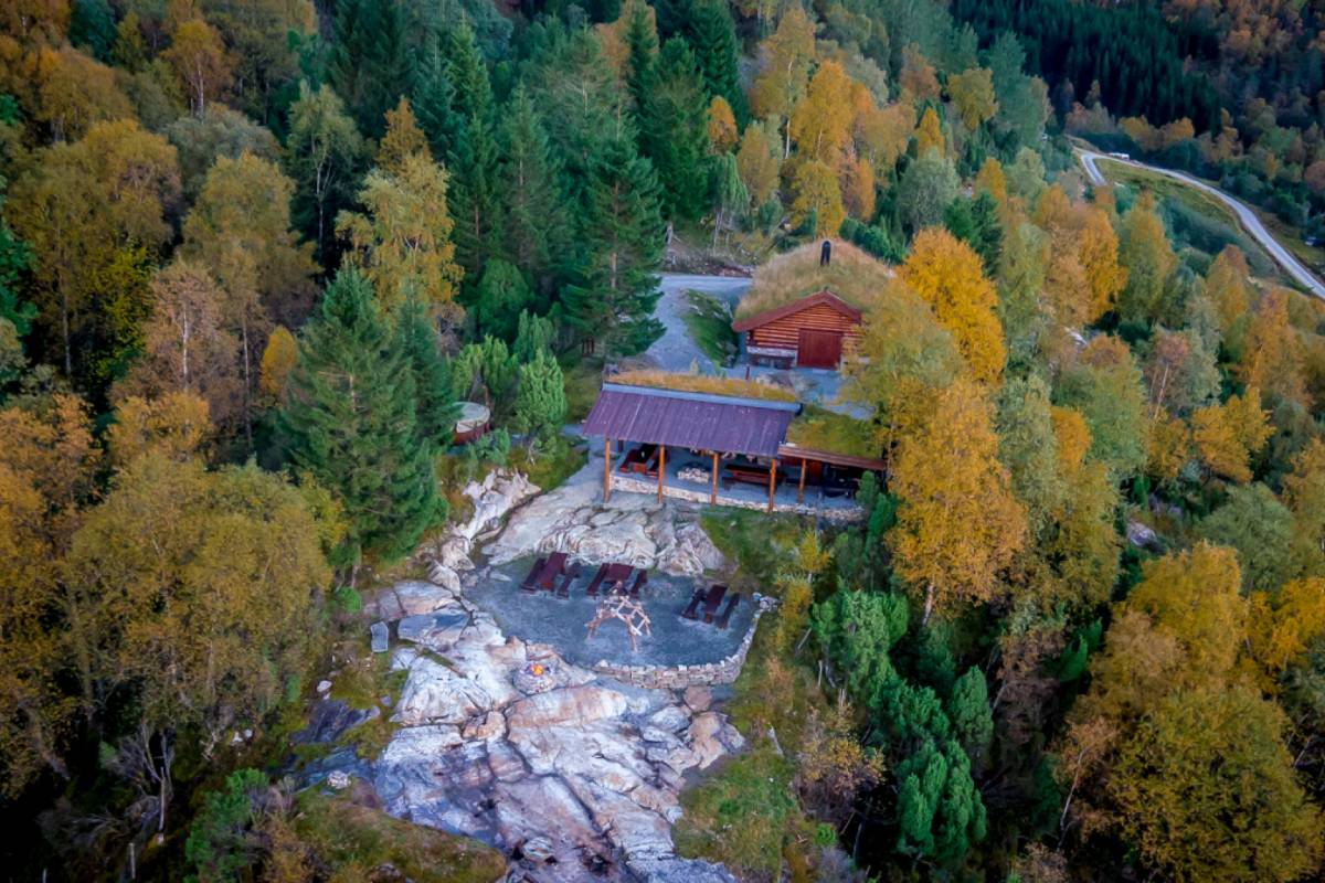 Åkrafjorden Oppleving AS Wilderness Package