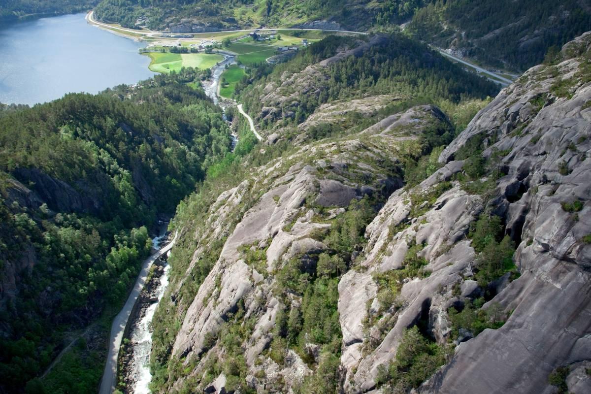 Åkrafjorden Oppleving AS Jettegrytene ved Rullestad
