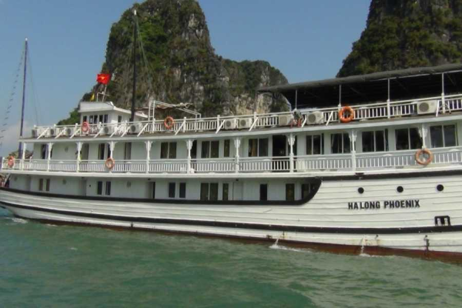 Vietnam 24h Tour Phoenix Cruise 2D1N