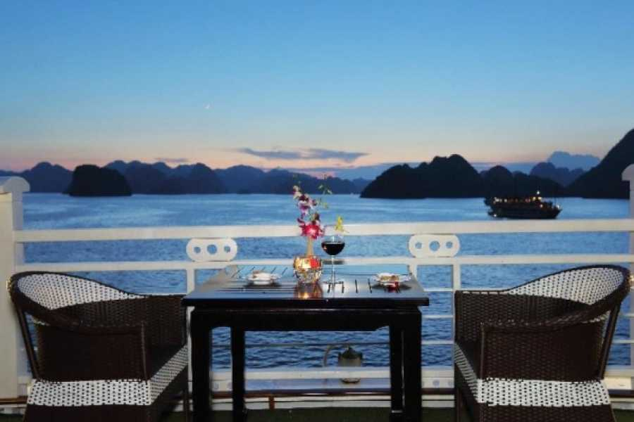 Vietnam 24h Tour Starlight Cruise 2D1N