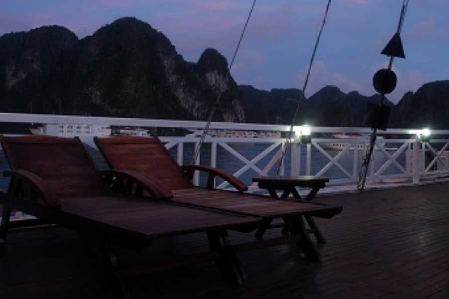 Vietnam 24h Tour Dragon Cruise Deluxe 3D2N