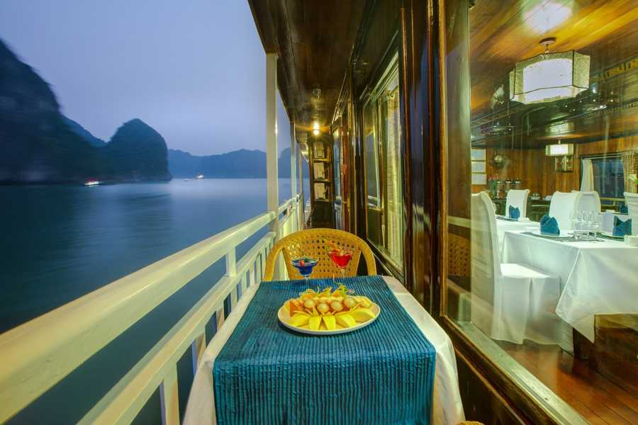 Friends Travel Vietnam Hanoi & Halong Bay Experience 4D3N