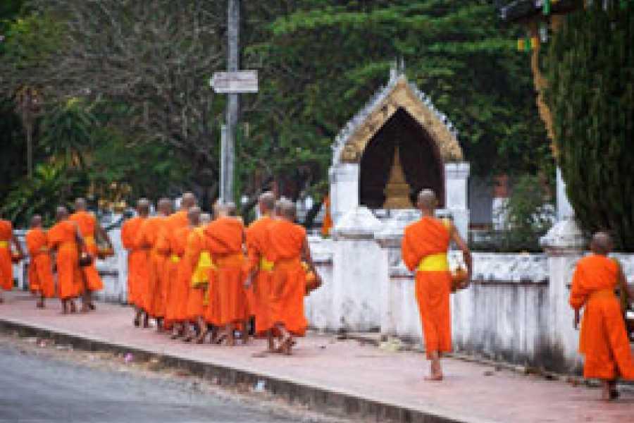 Vietnam 24h Tour Vientiane – Xiengkhuang – Luang Prabang tour