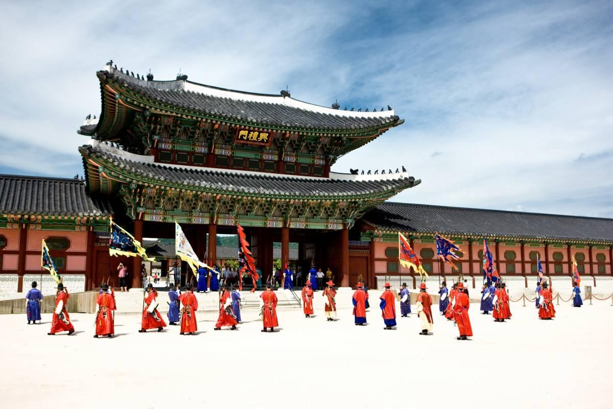 Kim's Travel 03 UNIQUE SEOUL PROGRAM (3泊4日)
