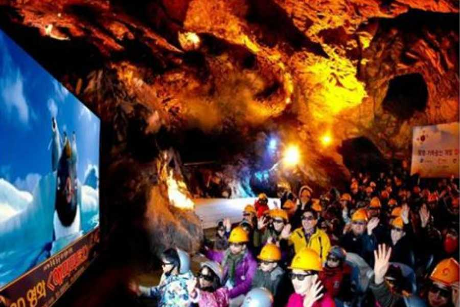 Kim's Travel KD 45 Gwangmyeong Cave & Onemount Snow Park Tour