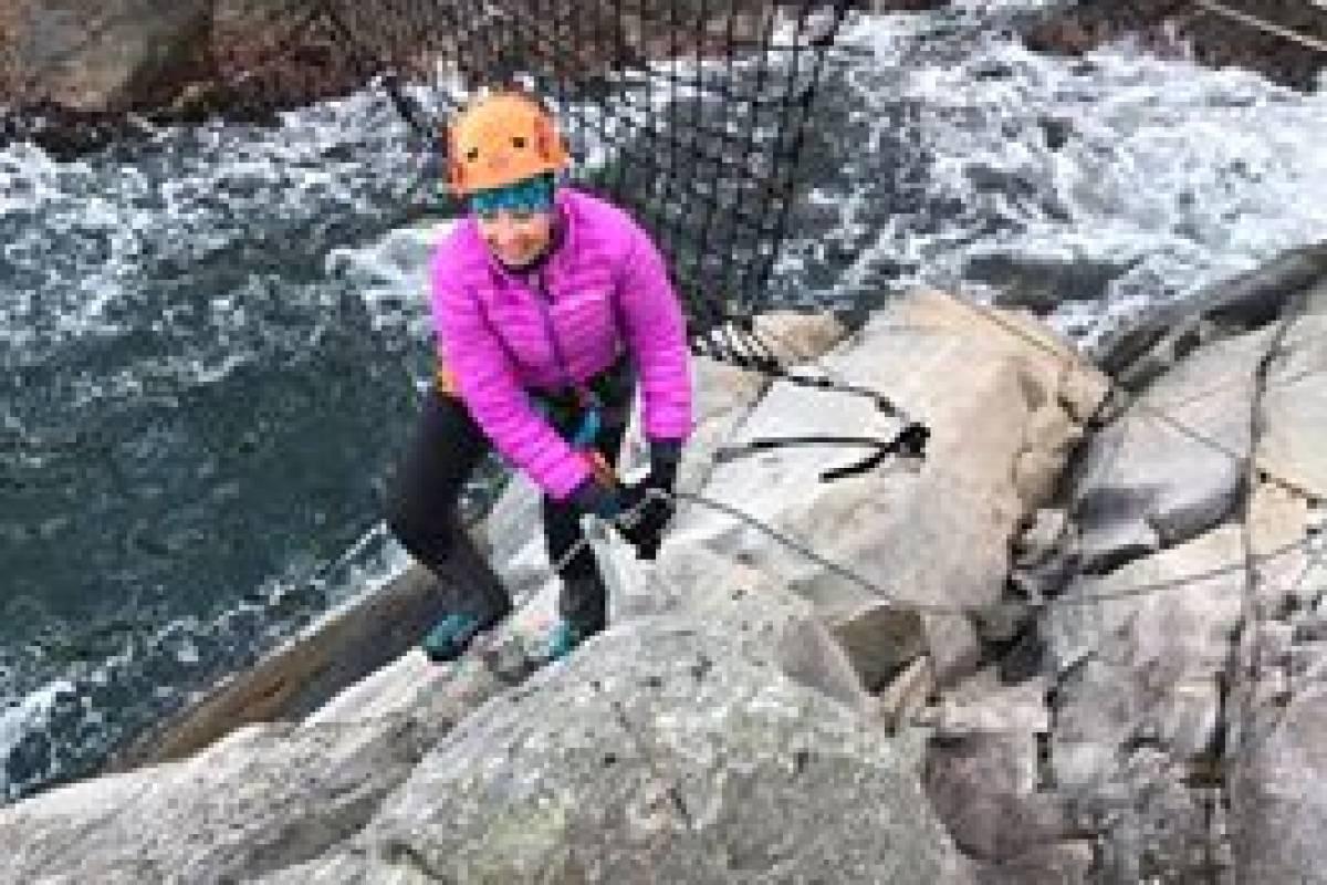 Gone Paddling Via-Ferrata klatretur med Guide i Herdla- Inkludert Transport fra / til Bergen