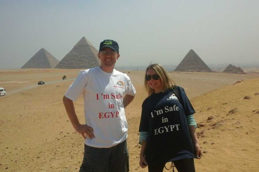 EMO TOURS EGYPT CAIRO LAYOVER TOURS A PIRAMIDI DI GIZA MUSEO EGIZIO BAZAAR SOUND & LIGHT SHOW