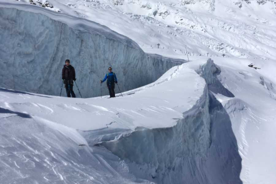 Saas-Fee Guides Gletscher Erlebnis - Winter Tour