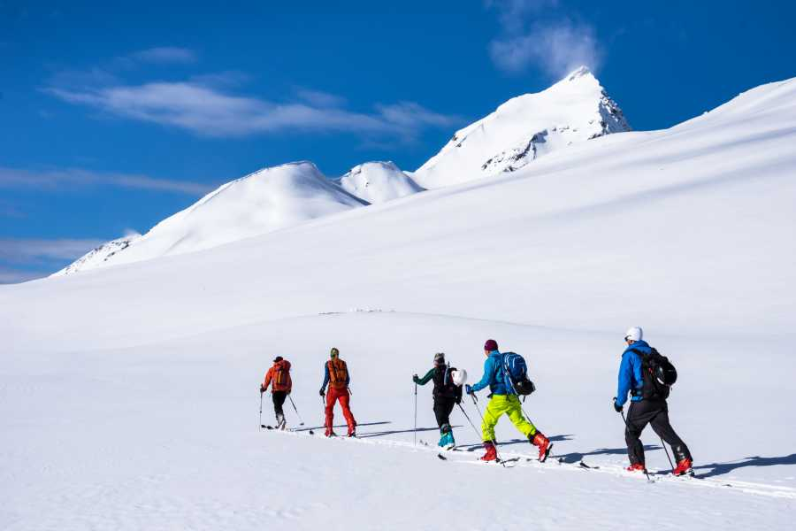 Uteguiden AS 2,5 day ski touring course