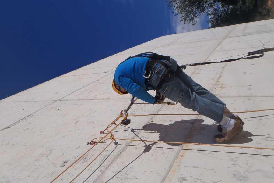 TURURAC. Turismo Activo y de Aventura Course vertical work