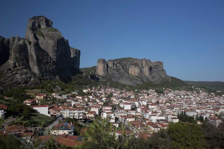 Visit Meteora Meteora Day Trip from Thessaloniki by Train