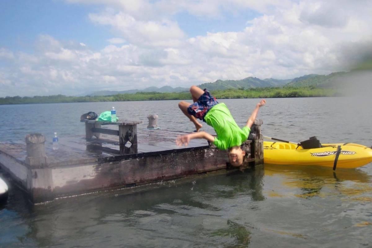 Cacique Cruiser Kayak / SUP Mangrove Tour