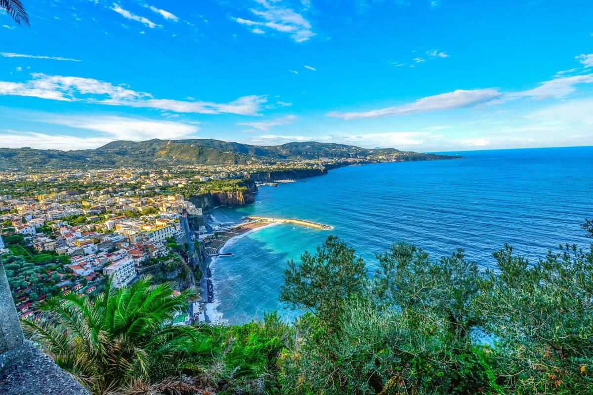 Travel etc Transfer from Sorrento to Positano and Viceversa
