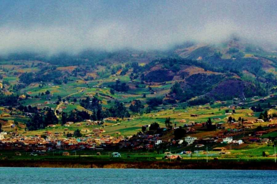Bogota Henry Tours LAKE TOTA 3 DAYS PRIVATE TOUR