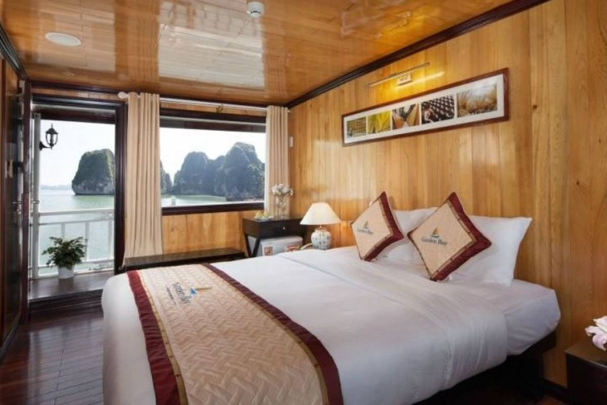 OCEAN TOURS Ocean Sails 2D1N - 3stars Cruise
