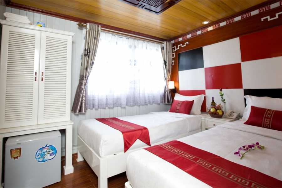 Friends Travel Vietnam Legacy Legend Cruise | Halong Bay 2D1N