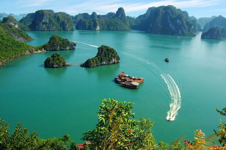 Friends Travel Vietnam Garden Bay Luxury Cruise | Halong Bay 3D2N