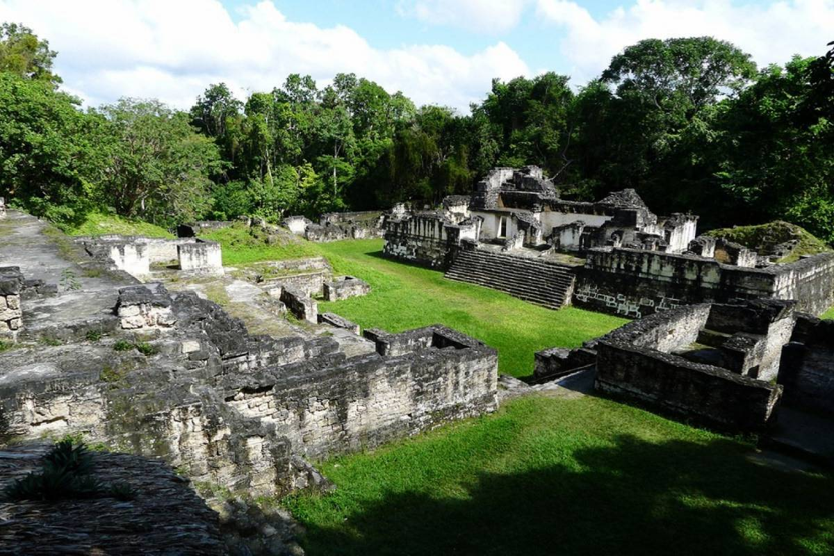 Gem Trips From Belize border, Tikal Small Group (3 to 6 passengers)