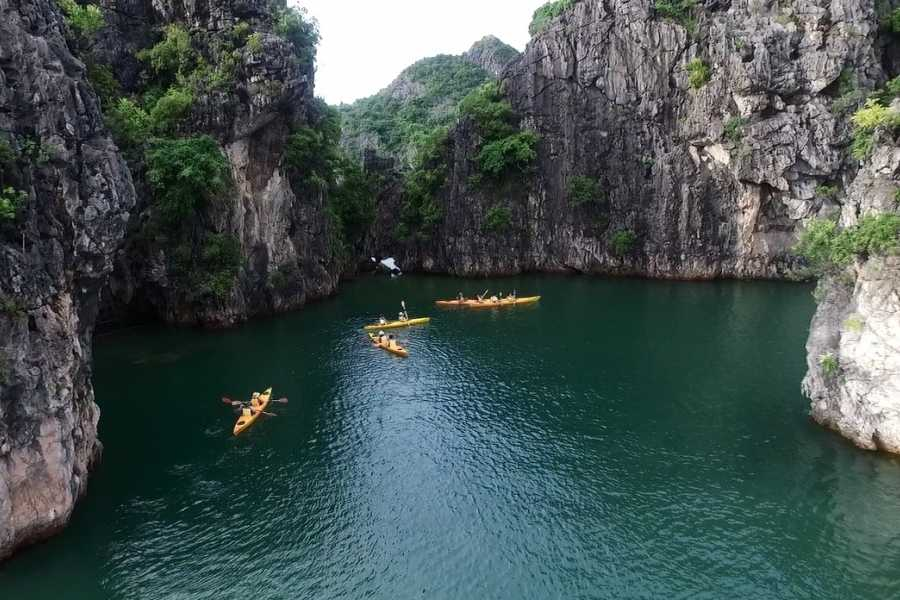 Friends Travel Vietnam Indochina Sails | Halong Bay 2D1N