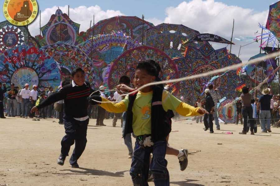 Maya World Tours Special Guatemala: Giant kites festival of Sumpango