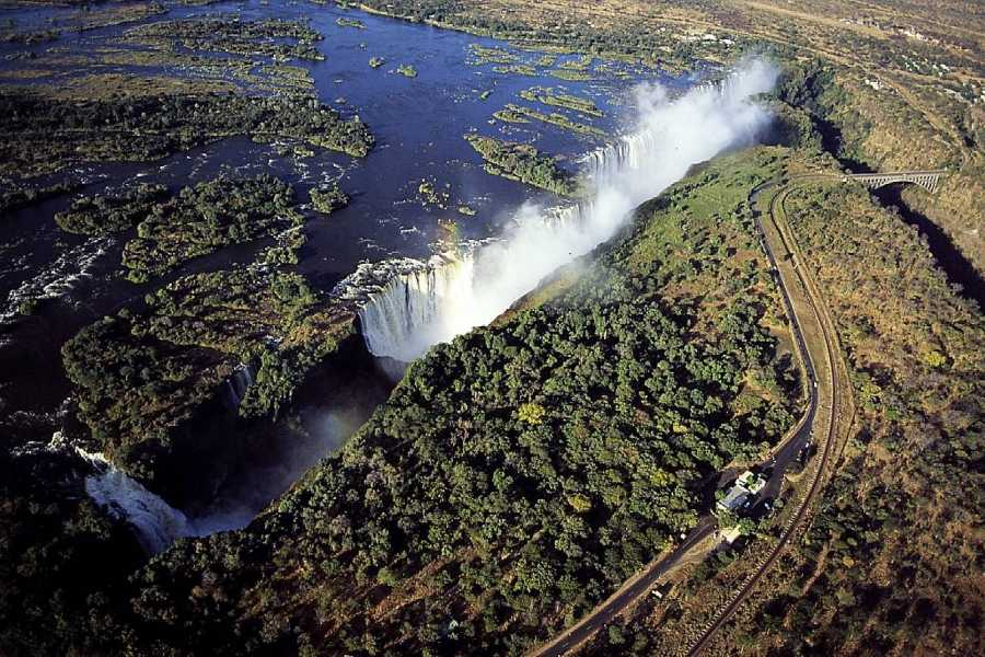 BOOKINGAFRICA.NET Livingstone - Sussi & Chuma 3 nights
