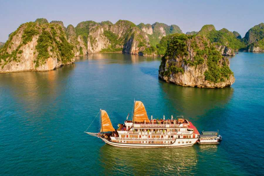 OCEAN TOURS VICTORY 4 STAR CRUISE  - TWO NIGHTS