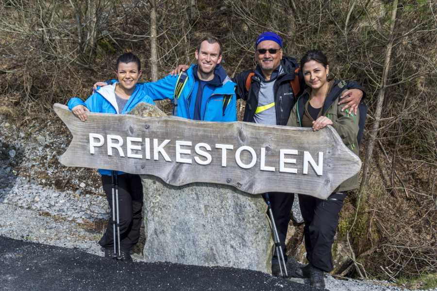 Outdoorlife Norway AS Preikestolen Spring Hike
