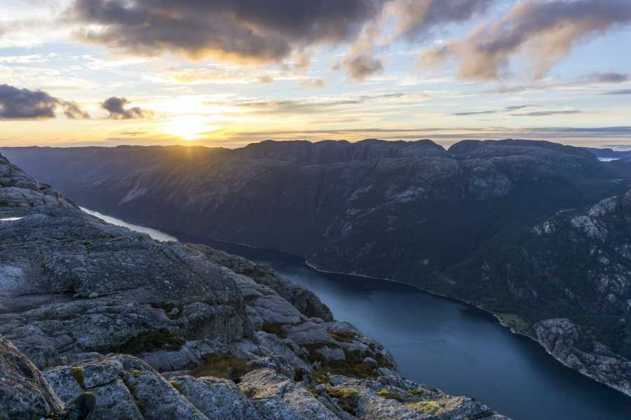 Outdoorlife Norway AS 3-day Lysefjord Trek | Flørli - Kjerag