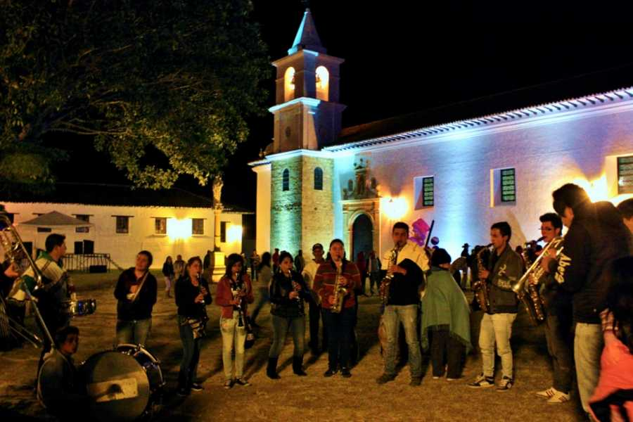 Bogota Henry Tours VILLA DE LEYVA AND RAQUIRA 12 HOURS PRIVATE TOUR