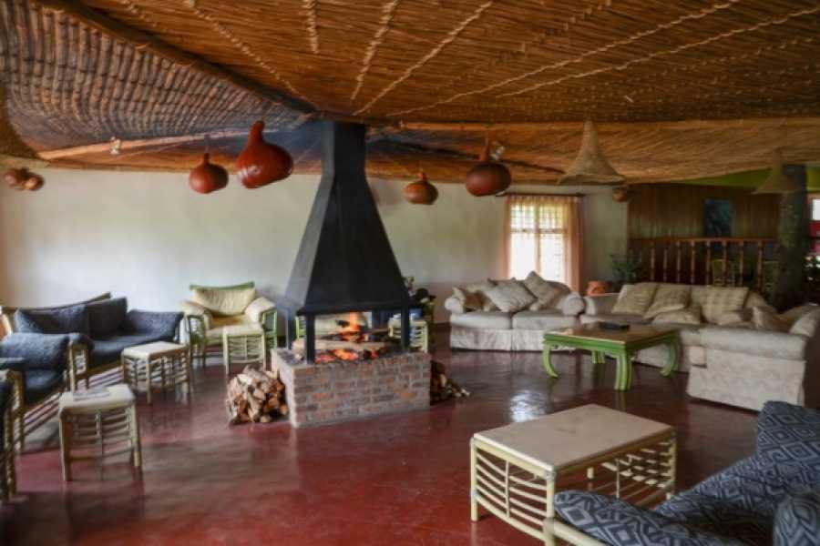 BOOKINGAFRICA.NET Gorilla Trekking - Mountain Gorilla View Lodge