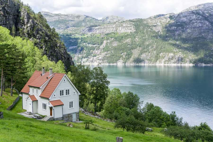 Outdoorlife Norway AS Flørli Stairway Day Hike & Lysefjord