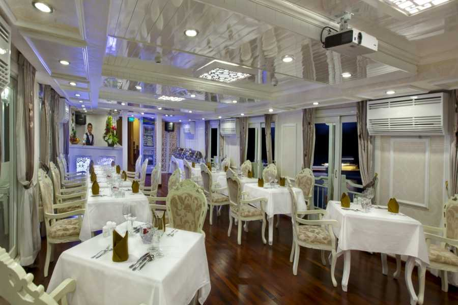 Friends Travel Vietnam Signature Cruise | 2D1N Halong Bay