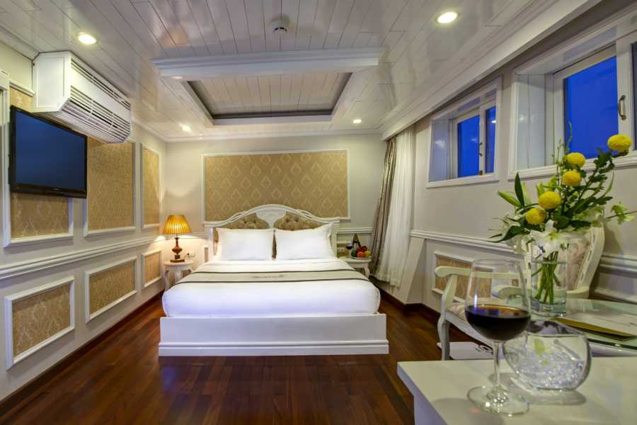 Friends Travel Vietnam Signature Cruise  | Halong Bay 3D2N