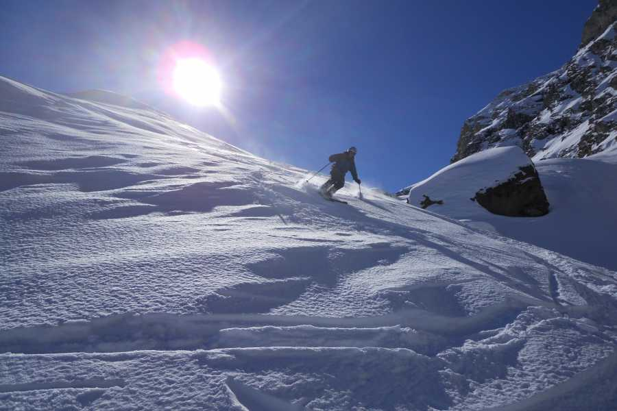 Saas-Fee Guides Ski / Snowboard Plus (taster tour)