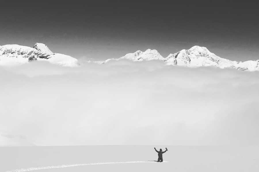 Saas-Fee Guides Ski / Snowboard Plus (Schnuppertour)