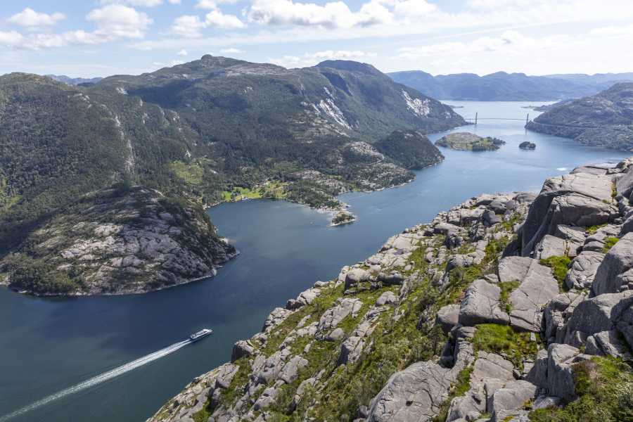 Outdoorlife Norway AS Lysefjord View Hike