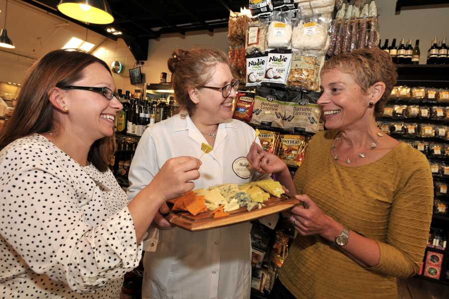Cambria Tours Cardiff Food Tasting Tour