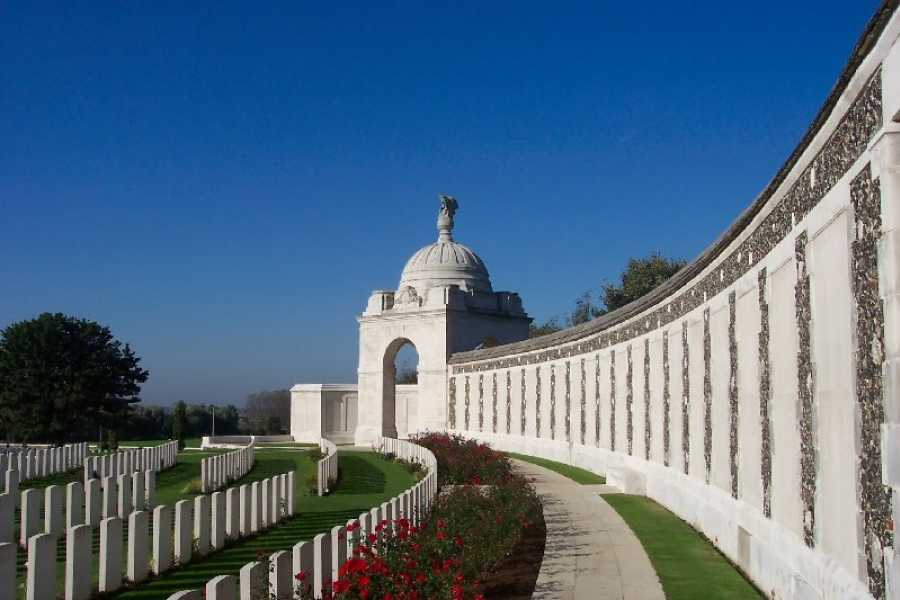 Spirit of Remembrance Ltd. Birth of a Nation - Vimy Day Tour Ex Paris