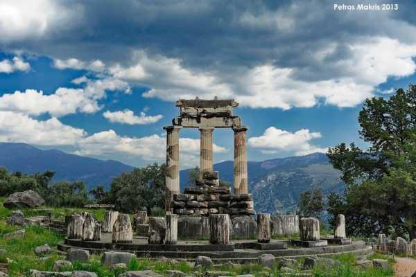 2 Days Delphi Meteora