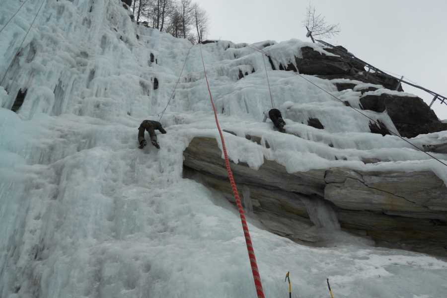 Saas-Fee Guides Introduction to Ice Climbing