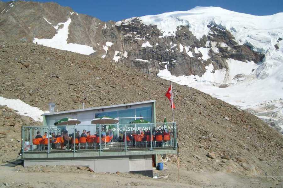 Saas-Fee Guides Lagginhorn 4010m from Hohsaas Hut