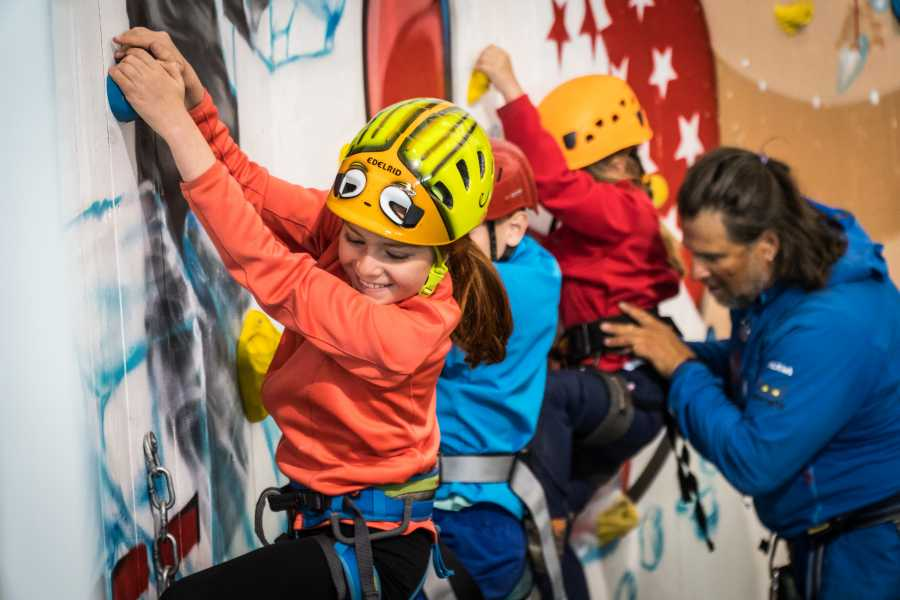 Saas-Fee Guides Introduction to Rock Climbing for children