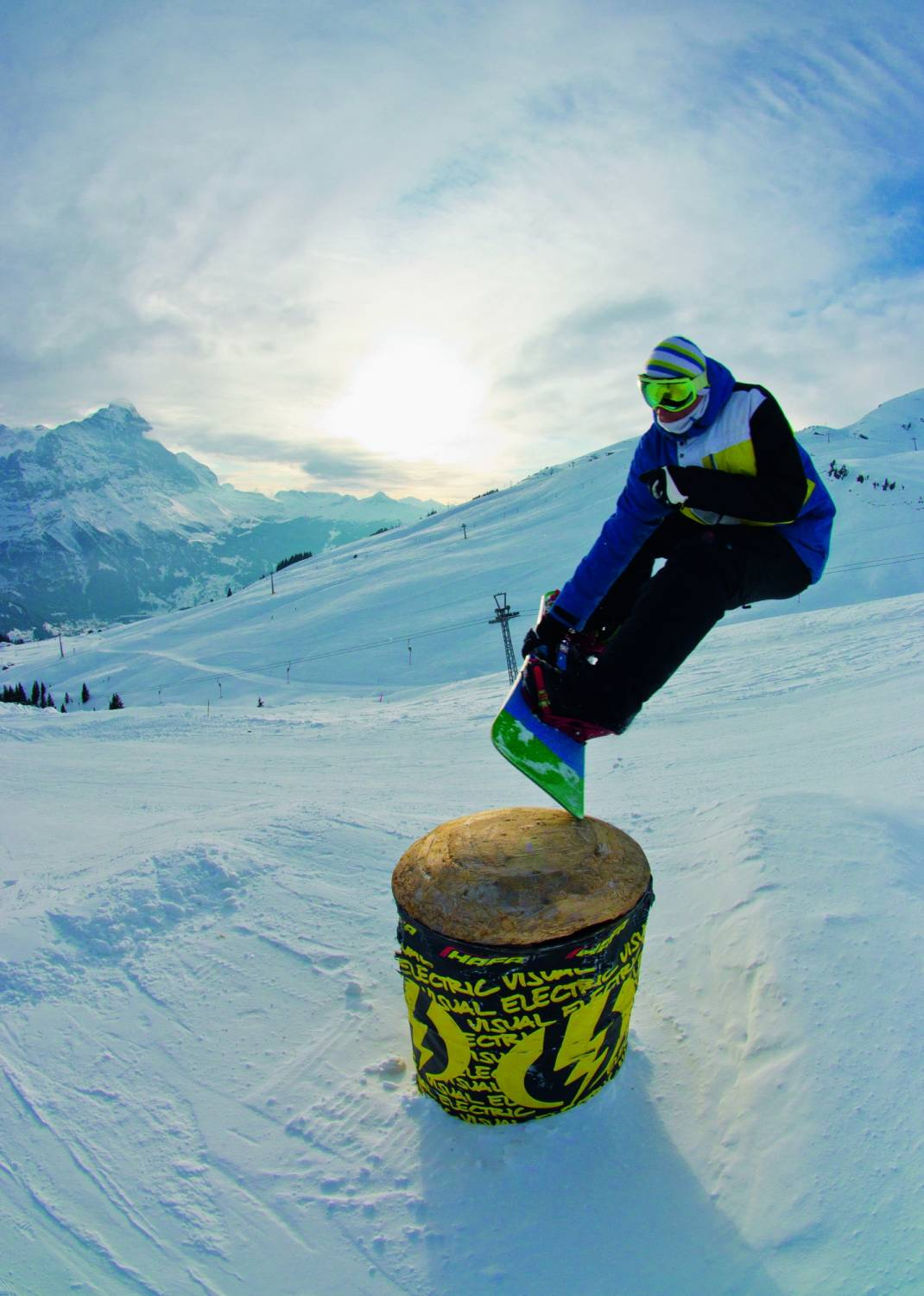 the basics of the art of snowboarding Basic tricks for snowboarding add a few new tricks to your arsenal by locking down these basic grabs doug walks us through the progression needed in order to throw down any of these grabs at will.