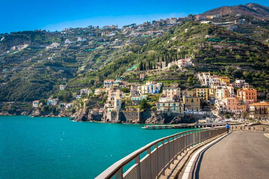 Travel etc Private Tour of Pompeii, Positano and Amalfi