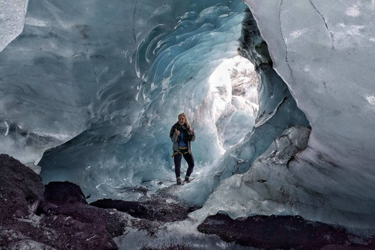 GOECCO Icelandic Ice Cave Guides Ice Cave Express and Glacier Lagoon Reykjavik Departure