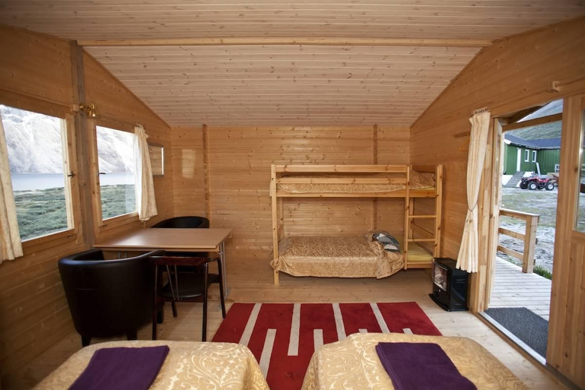 Qooqqut Nuan Cabin 3