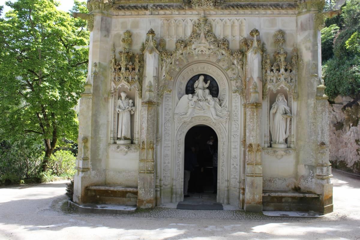 Lisbon On Wheels 2 Days Tour - Amazing Sintra and Fátima