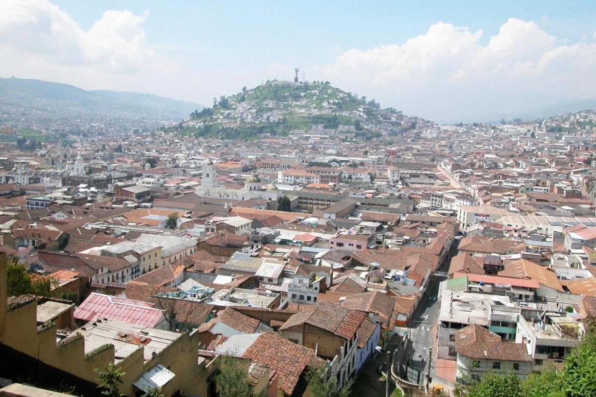 Gray Line Ecuador Quito City Explorer (Quito Historico) + Mitad del Mundo